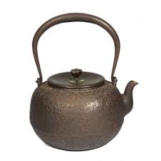 100%日本堂口直供--龙文堂造 荒地肌纹老铁壶