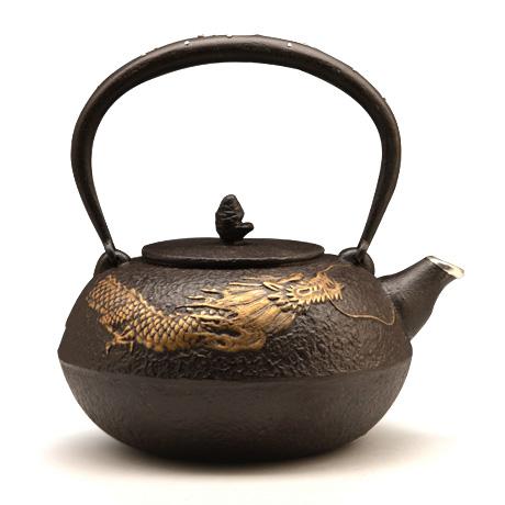 100%日本堂口直供-镀金镶银龙纹铁壶
