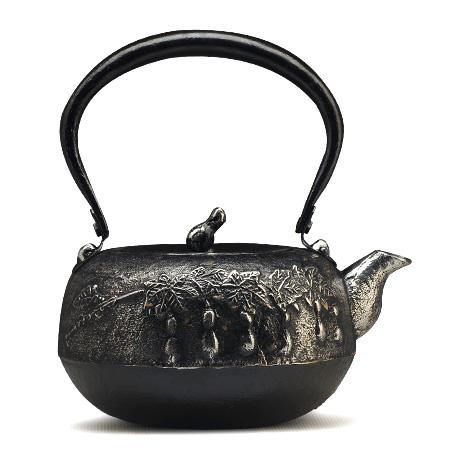 平丸形葫芦纹砂铁壶