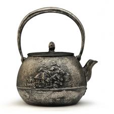 100%日本堂口直供--山水地纹砂铁壶