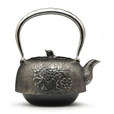 100%日本堂口直供--平南部樱花砂铁壶