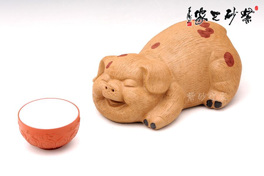 猪睡觉可爱动态图片