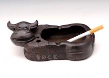 牛头烟灰缸
