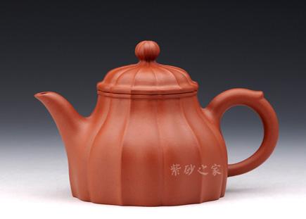 宜兴博亿堂娱乐壶精品馆博亿堂娱乐-吴贞裕-欣逸壶