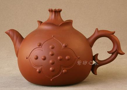 美林石榴壶