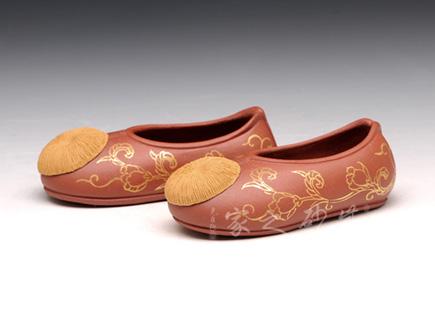 宜兴紫砂壶-绣花鞋-原矿段泥-张爱成