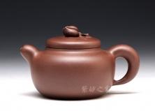 宜兴紫砂壶-桃苑壶-原矿底槽青-何叶