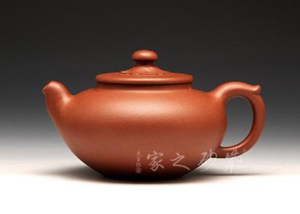 宜兴紫砂壶-含蕴-董亚芳