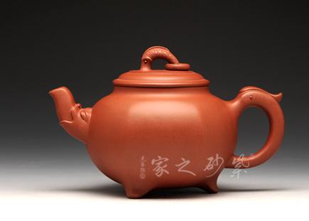 宜兴紫砂壶-六方鱼龙-朱建伟