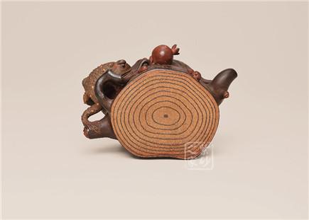 蛤蟆石榴树桩壶