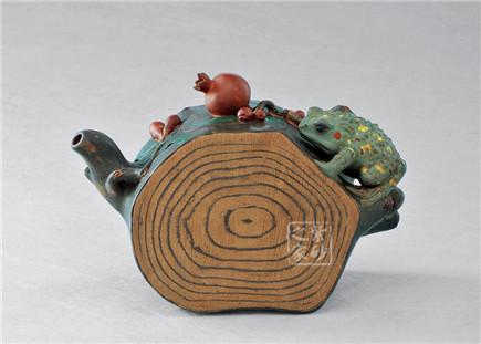 蛤蟆石榴椿壶
