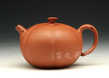 宜兴紫砂-秋韵系列之思秋-降坡泥-周伟光