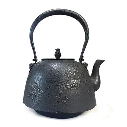 100%日本堂口直供-南部型 龙纹铁壶