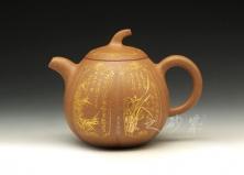 梅兰竹菊壶
