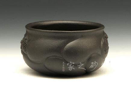 宜兴紫砂壶-鱼化龙杯-黑泥-顾勤