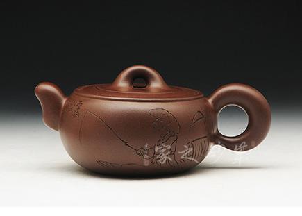 宜兴博亿堂娱乐壶-思福壶(毛国强刻绘)-原矿紫泥-何燕萍