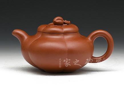 宜兴紫砂-上合桃-大红袍-杨瑶芬