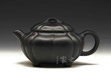 宜兴紫砂壶-椭圆菱花如意(焐灰)-焐灰-何宽
