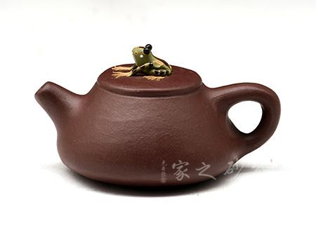 宜興紫砂壺-噴水青蛙壺-紫砂泥-雕塑擺件
